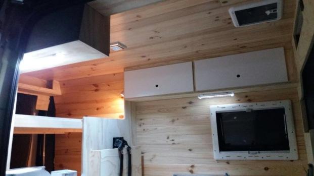 camperización The wood van family